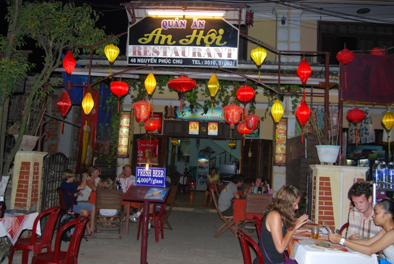 Our favorite drinking hole in Hoian