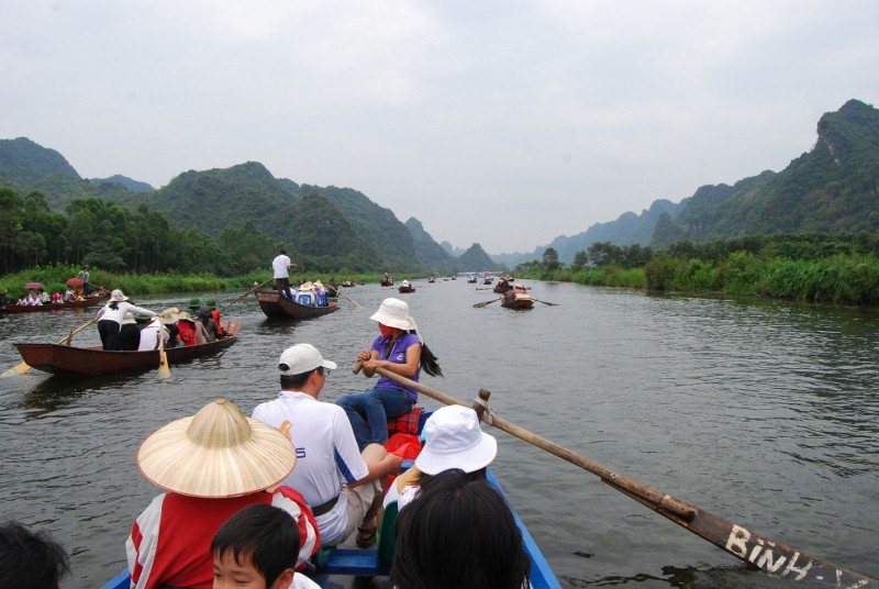 Boat trip along the Perfume River